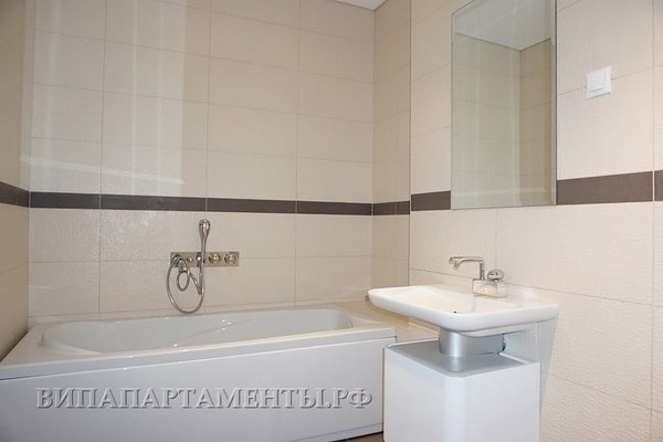 ID 077 Башня Москва 3х комнатный апартамент в аренду.