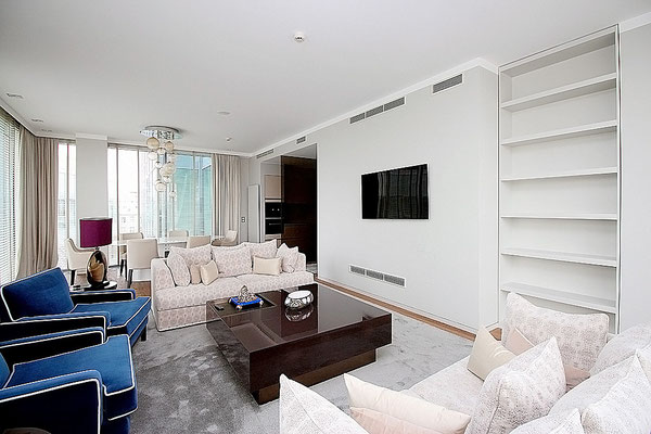 ID A362 Цветной бульвар 2 - трёхкомнатная квартира в аренду.