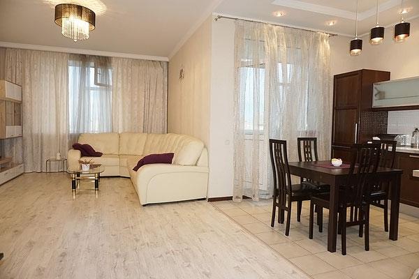 ID 0210 Нахимовский проспект 56 - двухкомнатная квартира в аренду.