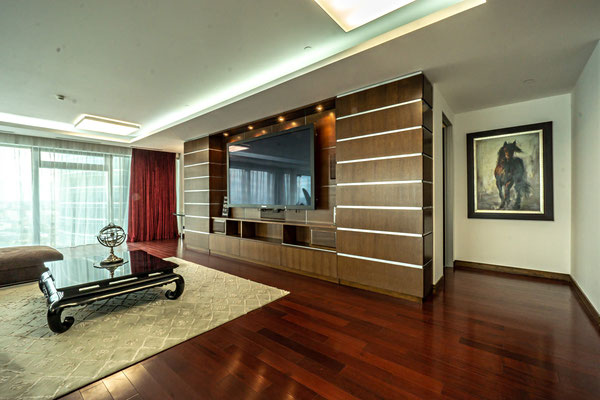 "ID 052 Башня ""Санкт-Петербург"" - 39-й этаж, видовой апартамент в аренду!"