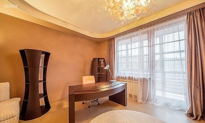 ID A358 Руновский переулок 10 - трёхкомнатная квартира в аренду.