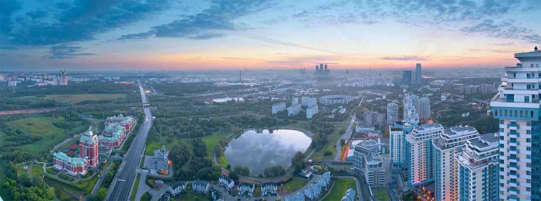 """ID 1581 """"Долина Сетунь"""" продажа пентхауса с террасой Минская 2к1. Виды на центр, Москвы, озеро."""