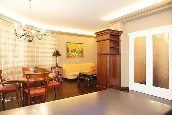 ID A347 Береговая дом 8 - трехкомнатная квартира в аренду.