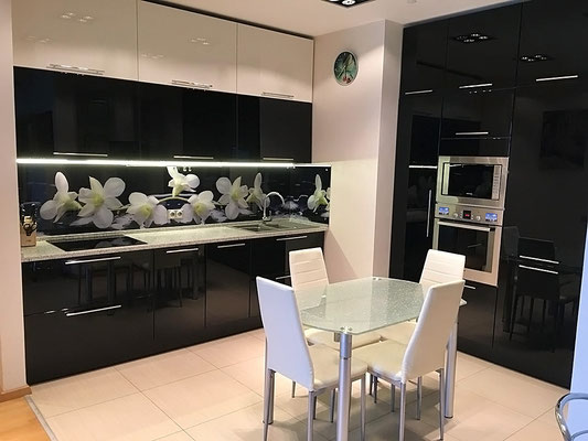 ID A343 Мосфильмовская дом 70 корпус 3 - трехкомнатная квартира в аренду. Новые фасады на кухне!