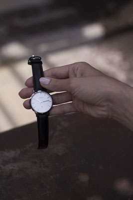 NOVS Uhr - Armbanduhr - Damen - NOVA silver Black - silber schwarz