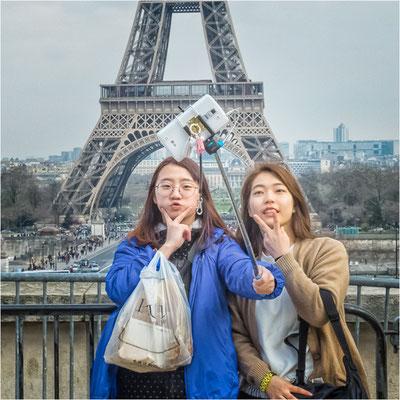 Selfy à la Tour Eiffel