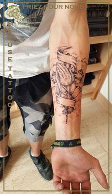 Priez pour nous - Méduse Tattoo en Belgique
