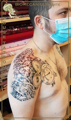 Biomécanique suite - Méduse Tattoo en Belgique