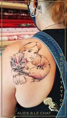 Alice et le chat - Cover - Méduse Tattoo en Belgique
