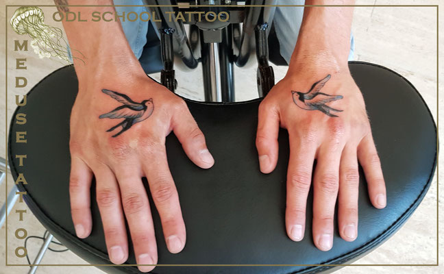 Old School - Méduse Tattoo en Belgique