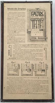 Reverso del ábaco de ranuras FALTEX con las instrucciones en español para su uso:. Posiblemente este modelo se fabricó o comercializó en España por iniciativa de algún alemán residente en este país. Pero no fue patentado en España