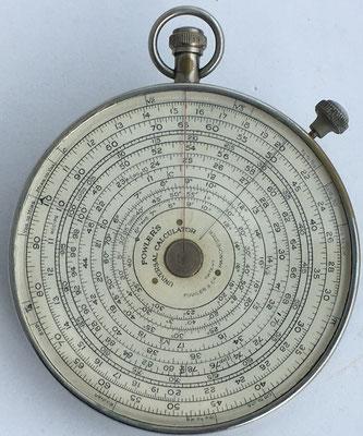 FOWLER'S Universal Calculator, fabricado por Fowler & Company en Manchester (England), 8.5 cm diámetro