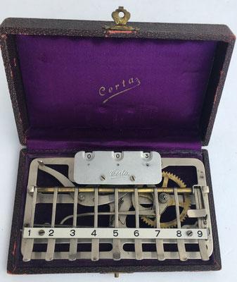 Sumadora CERTA, nº serie 3782, con palanca para decenas, 16x10 cm