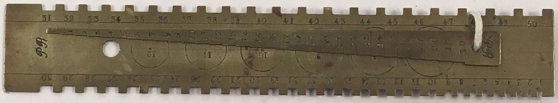 Herramienta de medida de la marca PR, 17x2.5 cm