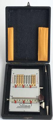 Abaco de cadena  STIMA modelo MS-III, diseñada y fabricada por Albert Steinmann (La Chaux De Fonds, Suiza), s/n 26343, año 1946, caja 17x13x4 cm