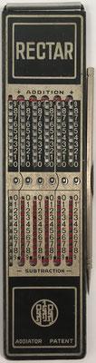 Ábaco de ranuras ADDIATOR RECTAR, predecesor de ARITHMA, sin s/n, año 1946, 4x16 cm