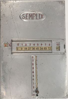 Tabla de multiplicación SEMPLIX, hacia 1910, 10x16 cm. Tabla del 9