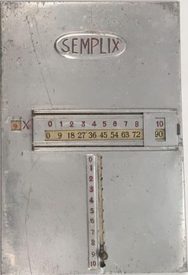 Tabla de multiplicación pitagórica SEMPLIX, hacia 1910, 10x16 cm. Tabla del 9