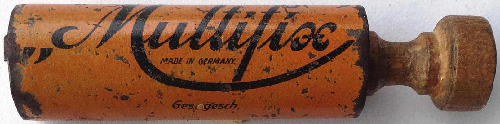 """Capacidad de productos hasta 10x10. Ges. gesch. (gesetzlich geschützt), """"protegido por ley"""""""