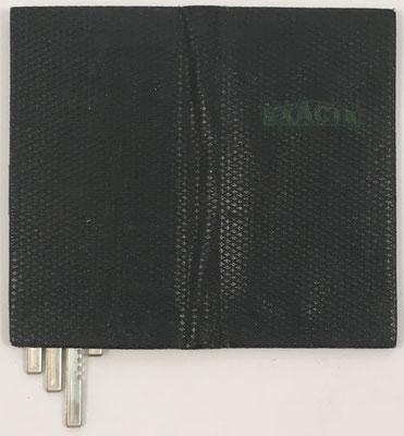 Funda para el ábaco de ranuras EXACTA-PRODUX, patentado en España con el número ES10659 por Isidoro Alonso Marín en septiembre de 1944