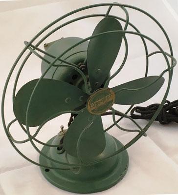 Ventilador marca SIGNAL COOL SPOT tipo 254, hecho en Menominne (Michigan, USA), hacia 1925, 24x15x28 cm