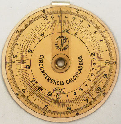 """Detalle del anverso del círculo de cálculo """"CIRCUNFERENCIA CALCULADORA"""""""