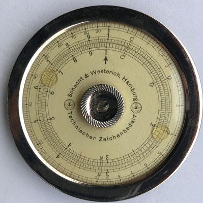 SCHACHT & WESTERICH, Hamburg, Technischer Zeichenbedarf, año  1910, 6.5 cm diámetro. Similar al modelo Doege & Schmidt fabricado por Wilhelm Molter, Nuremberg (Alemania)