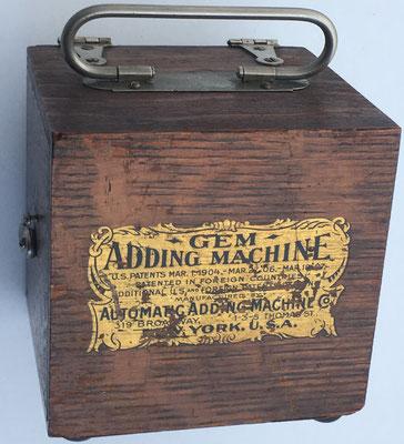 GEM Adding Machine, nº serie 42340, hecho en USA, año 1907, 11x11x11 cm