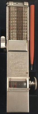 Ábaco de cadena Sabielny COMPTATOR A9, s/n 2899, año 1909, inventado por Hans Sabielny (Dresden, Alemania), 6x20x2.5 cm