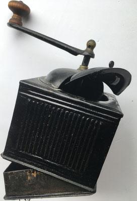 Molinillo de café, sin marca, con cajón para el café molido