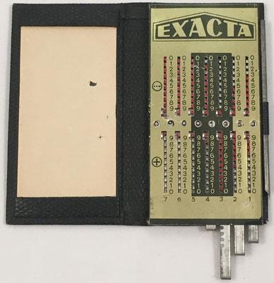 Ábaco de ranuras EXACTA-PRODUX, similar a Produx de Otto Meuter, hecho y distribuido en España por I.A.M. (Isidoro Alonso Marín), Barcelona, año 1944, 5.5x11 cm
