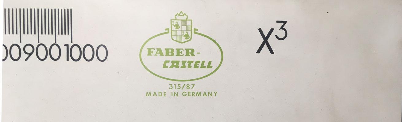Detalle de la regla gigante FABER-CASTELL 315/87, para demostrar el uso de las reglas Rietz 57/87,  1/87, 4/87 y  111/87