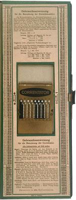 Al final del manual tiene incorporado un ábaco de ranuras CORRENTATOR para la suma de resultados parciales de multiplicaciones con dos factores de varios dígitos cada uno