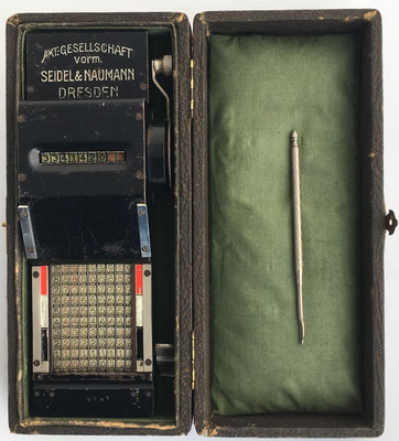 Abaco de cadena SEIDEL&NAUMANN, s/n 1455, año 1910, Dresden, Alemania, 21x8x5 cm