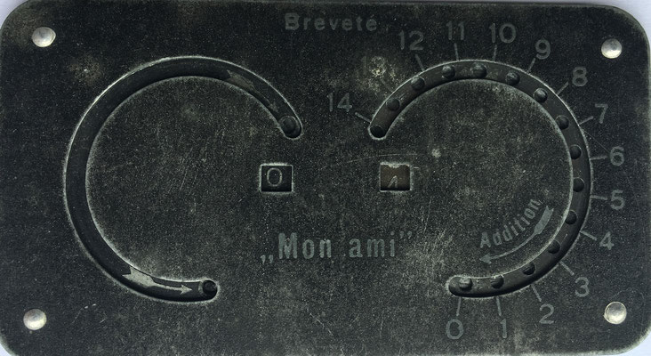 MON AMI, breveté. fabricado en Francia, versión del original inventado por Archibald M. Stephenson, 9x4.5 cm