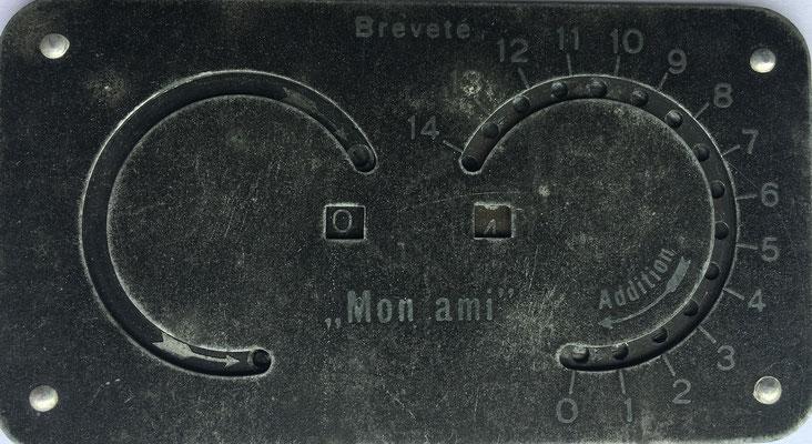 MON AMI, breveté. fabricado en Francia, versión del original inventado por Archibald M. Stephenson, 9x4.5 cm, (precio estimado: 250€)