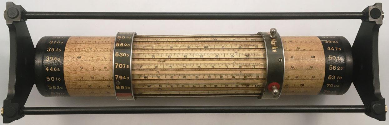 Vista inferior de la calculadora cilíndrica LOGA 2,4 m