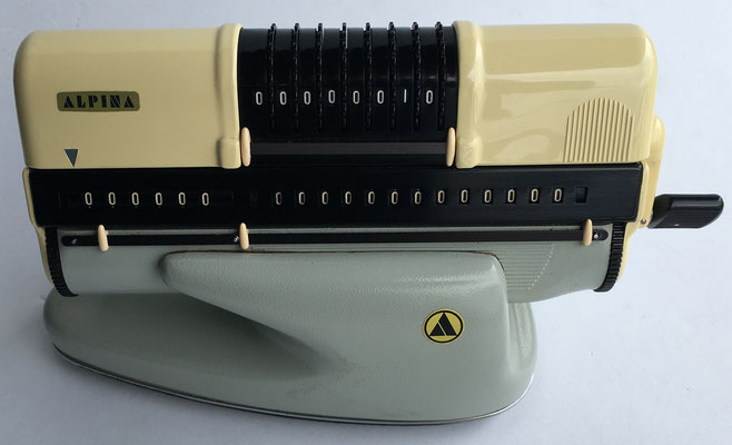 soporte de sobremesa para la calculadora ALPINA