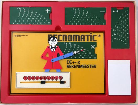 RECNOMATIC, versión alemana en plástico de CONSUL The Educated Monkey, diseñado por Gerold Guterl y fabricado por Lestrig AG, Alemania, año 1972, 28x19 cm