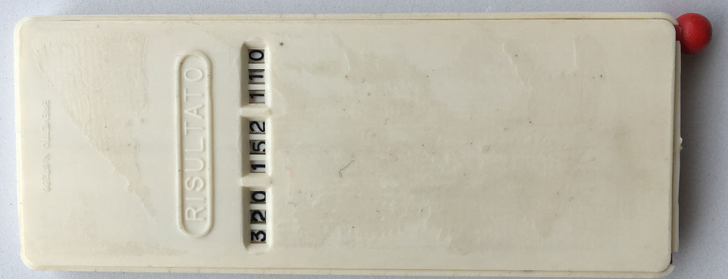 Reverso del aparato donde se lee el resultado, brevetto nº 67236