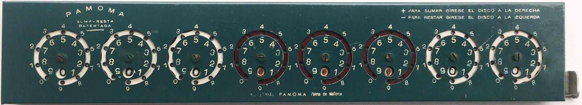 "PAMOMA (similar a Addometer Adding Machine, modelo B ""standar""), s/n 0022, Palma de Mallorca (ESPAÑA), hacia 1950, 29x6 cm"