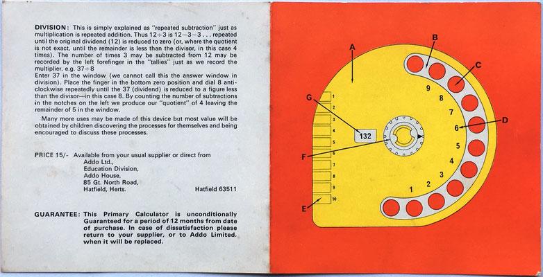 """Folleto de instrucciones de uso del """"The ADDO primary calculator"""", anverso (páginas 4 y 1), empresa Addo Limited afincada en Hatfield (Condado Hertfordshire, Inglaterra)"""