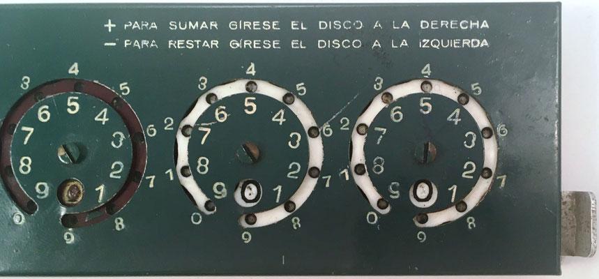 Detalle de la calculadora PAMOMA, parte derecha