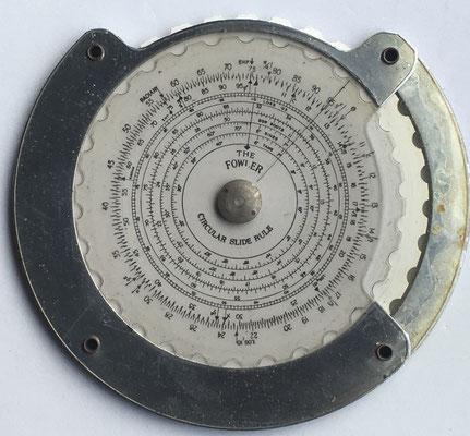 "The FOWLER ""JUNIOR"" circular slide rule, hacia 1950, 11,5 cm diámetro"