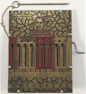 MASTER, sin s/n, fabricada en Herstal-Liege (Bélgica), año 1931, 12x16 cm
