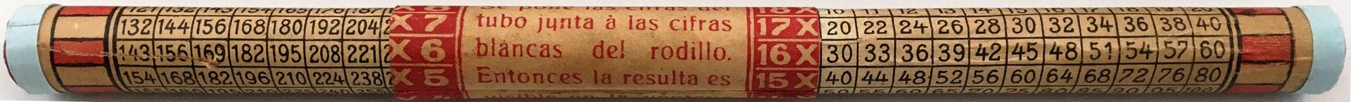 Instrucciones de uso, en español, inscritas sobre el cursor del calculador