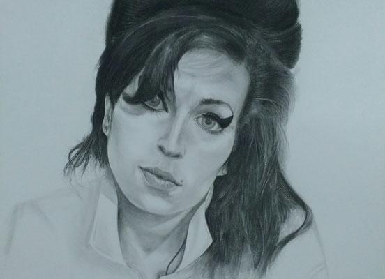 Amy Winehouse,     Kohlemalerei - Kohlezeichnung Format 65cm x 50cm
