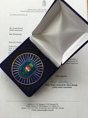 Medalle der ungarischen Bereitschaftspolizei