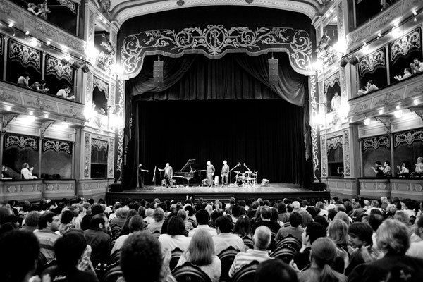 Alain Jean-Marie Trio - Cordoba, Argentine