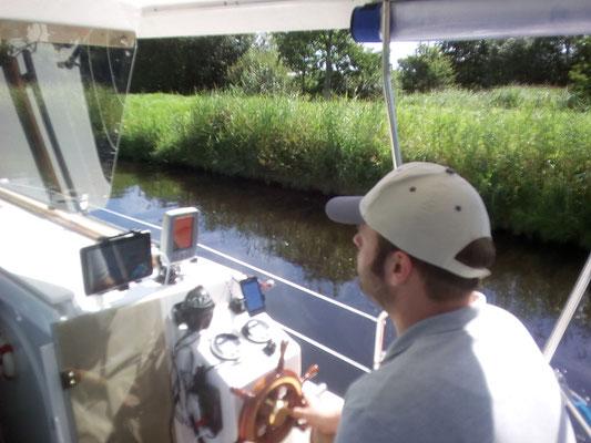 Auf dem Ems-Jade-Kanal von Marcardsmoor Richtung Wilhelmshaven